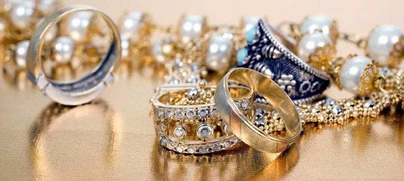Behöver du låna pengar snabbt för att köpa smycken?
